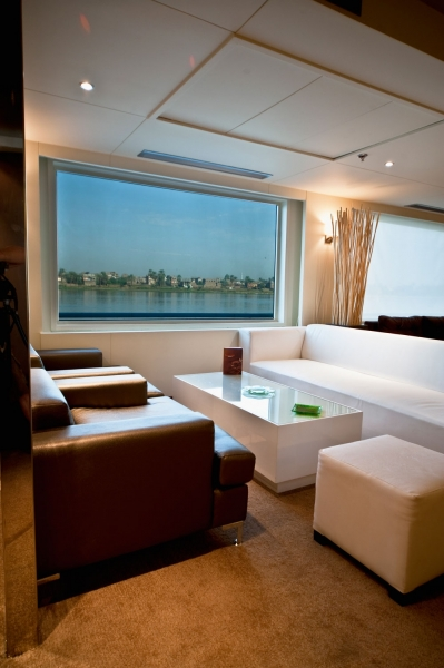 Farah Nile Cruise - Lounge Bar