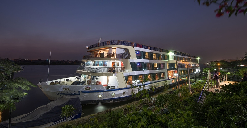 4 Night Amwaj Living Stone Nile Cruise from Luxor to Aswan
