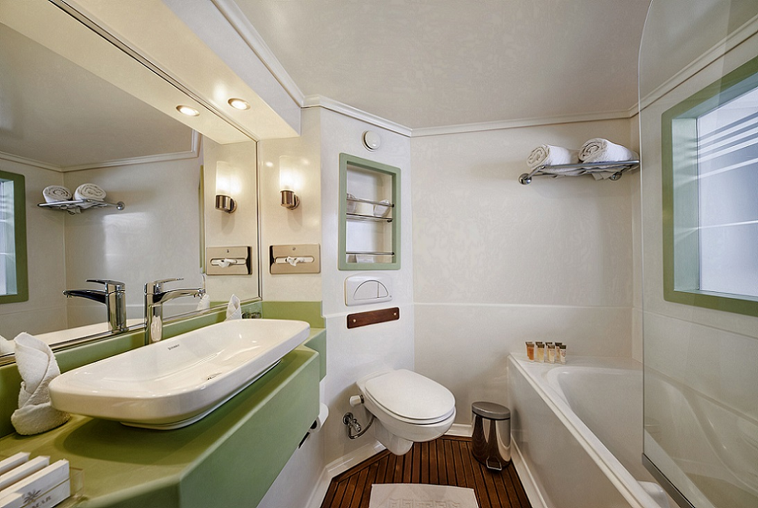 acamar-nile-cruise-cabin-bathroom