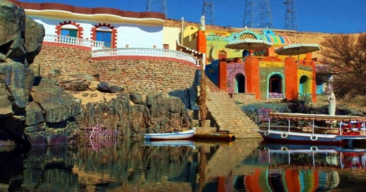 colorful-houses-nubian-village-aswan_