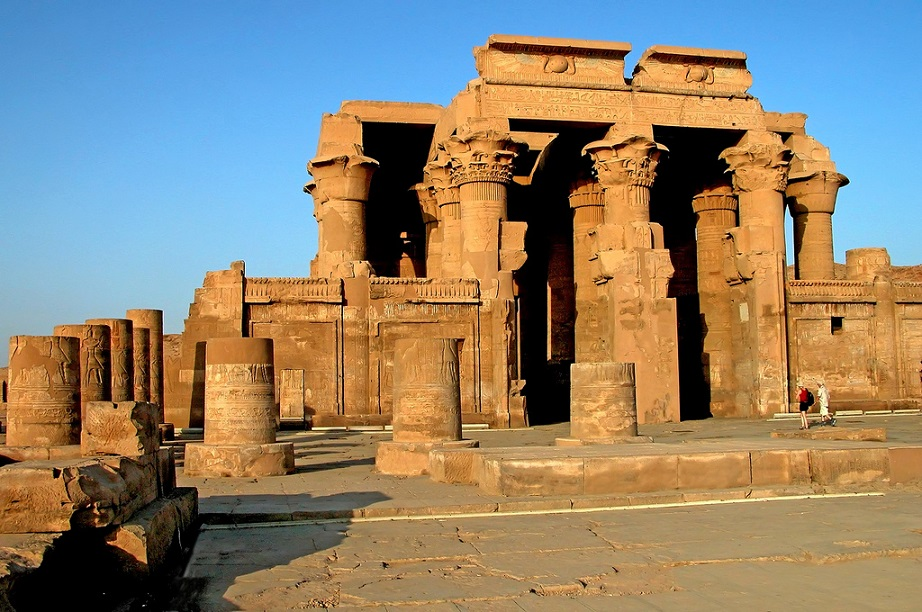 kom-ombo-temple-nile-cruise