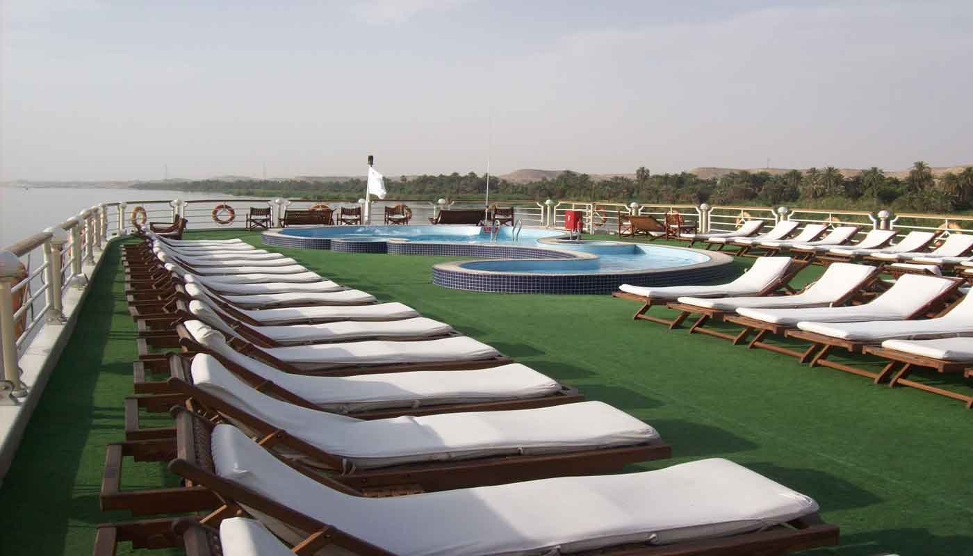 Concerto Nile Cruise - Sun Deck - Swimming Pool