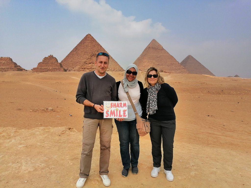 pyramids-tour-with-sharm-smile